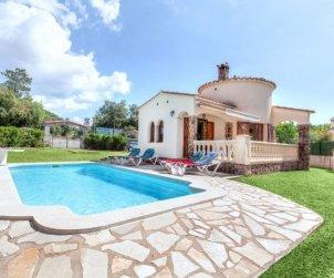 Villa   Calonge - Sant Antoni de Calonge para 5 personas con piscina privada p0