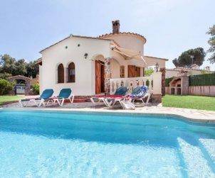 Villa   à Calonge - Sant Antoni de Calonge pour 5 personnes avec piscine privée p1