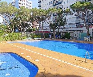 Appartement   à Blanes pour 4 personnes avec piscine commune p1