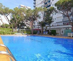 Appartement   à Blanes pour 4 personnes avec piscine commune p2