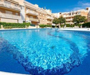 Appartement   à Cunit pour 5 personnes avec piscine commune p0