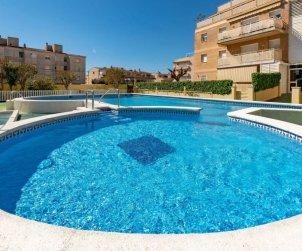 Appartement   à Cunit pour 5 personnes avec piscine commune p2