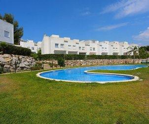Villa   à Salou pour 8 personnes avec piscine commune p0