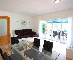 Villa   à Salou pour 8 personnes avec piscine commune p2
