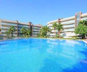 Appartement   à Salou pour 6 personnes avec piscine commune p2