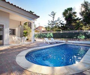 House   Deltebre  -  Riumar 6 persons - private pool p1