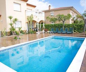 Villa   à Alcanar pour 9 personnes avec piscine privée p0