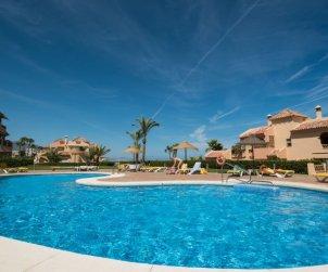 Appartement   à Mijas pour 5 personnes avec piscine commune p0