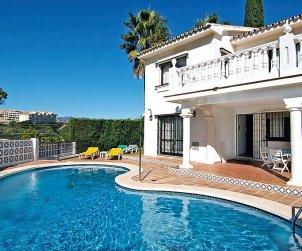 Villa   à Mijas pour 6 personnes avec piscine privée p0