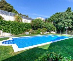 Appartement   à Llançà pour 5 personnes avec piscine commune p0