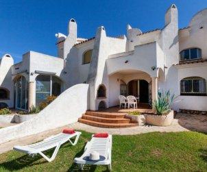 Villa   à Ametlla de Mar pour 6 personnes avec piscine commune p1
