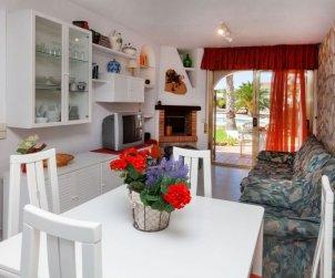 Villa   à Ametlla de Mar pour 6 personnes avec piscine commune p2