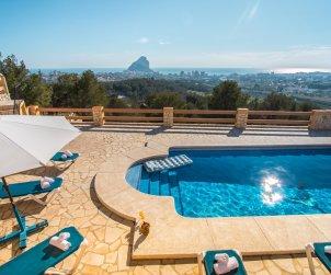 Villa   à Calpe pour 8 personnes avec piscine privée, climatisation et internet p1