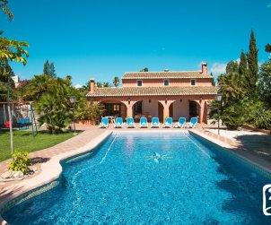 Villa   à Benissa pour 9 personnes avec piscine privée et internet p0