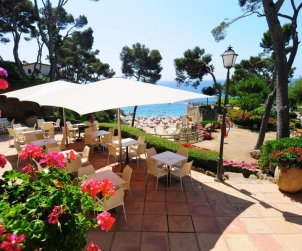 Camping Mobil-home   à Platja d'Aro pour 2 personnes avec piscine commune p0
