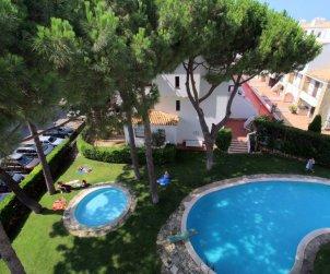 Appartement   à L'Escala pour 4 personnes avec piscine commune et climatisation p1