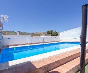 Villa   à Granada - Cacín pour 4 personnes avec piscine privée p2