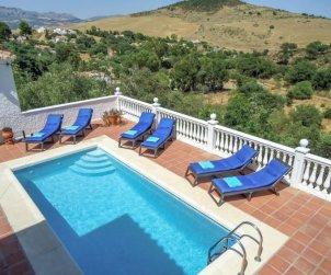 Villa   à La Axarquía - Almogía pour 6 personnes avec piscine privée p0