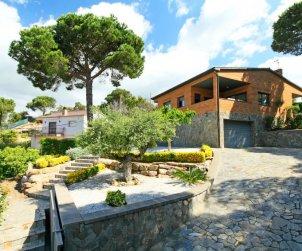 Villa   à Lloret del Mar pour 6 personnes avec piscine privée p1