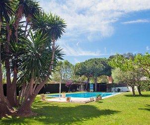 Villa   à Calella de la Costa pour 5 personnes avec piscine commune p0