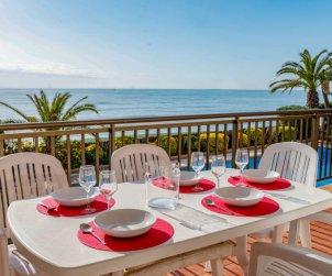 Appartement   à Sant Andreu de Llavaneres pour 5 personnes avec piscine commune p0