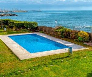 Appartement   à Sant Andreu de Llavaneres pour 5 personnes avec piscine commune p1