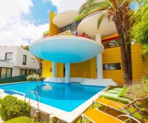 Villa   à Sitges pour 6 personnes avec piscine privée p1