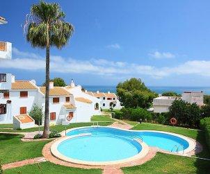 Villa   à Alcoceber pour 6 personnes avec piscine commune p0