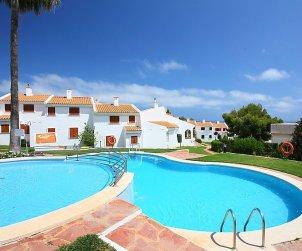 Villa   à Alcoceber pour 6 personnes avec piscine commune p1