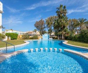 Apartamento   Denia para 3 personas con piscina comunitaria p1