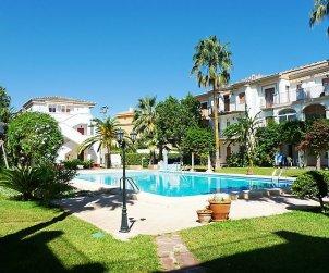 Apartamento   Denia para 2 personas con piscina comunitaria p0