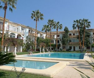 Apartamento   Denia para 2 personas con piscina comunitaria p2