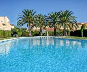 Appartement   à Denia pour 5 personnes avec piscine commune p0