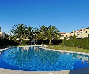 Appartement   à Denia pour 5 personnes avec piscine commune p1