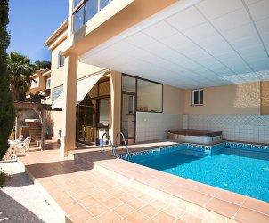 Appartement   à Calpe pour 6 personnes avec piscine privée p0