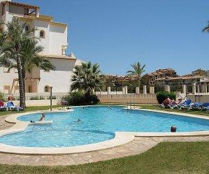 Appartement   à Altea pour 6 personnes avec piscine commune p2