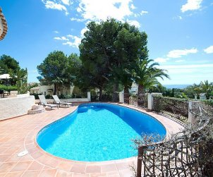 Villa   à Altea pour 4 personnes avec piscine privée p1