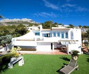 Villa   à Altea pour 6 personnes avec piscine privée p1