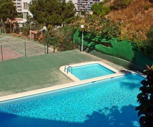 Appartement   à Benidorm pour 3 personnes avec piscine commune p0