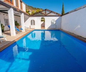 Villa   à Priego de Córdoba pour 4 personnes avec piscine privée p0