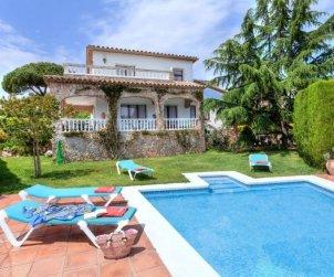 Villa   à St Antoni de Calonge pour 8 personnes avec piscine privée p2