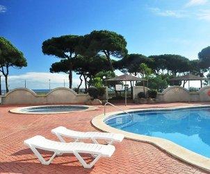 Appartement   à Blanes pour 6 personnes avec piscine commune p2