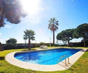 Appartement   à Sant Vicenç de Montalt pour 5 personnes avec piscine commune p1