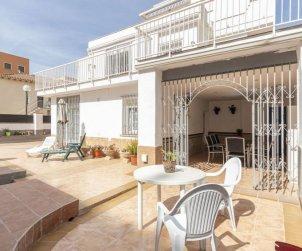 Villa   à Salou pour 8 personnes avec lave-vaisselle p1