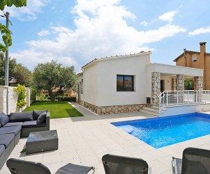 Villa   à Cambrils pour 6 personnes avec piscine privée p0