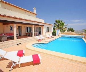 Villa   à Moraira pour 8 personnes avec piscine privée p0