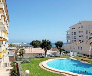Apartamento   Altea para 4 personas con piscina comunitaria p0
