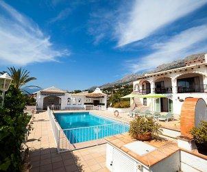 Villa   à Altea pour 10 personnes avec piscine privée p1
