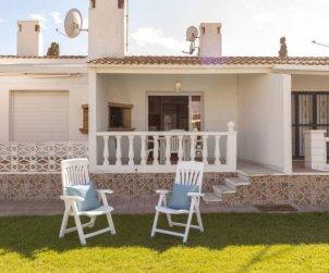 Villa   à Deltebre  -  Riumar pour 6 personnes avec piscine commune p0