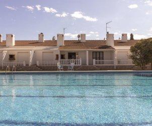 Villa   à Deltebre  -  Riumar pour 6 personnes avec piscine commune p2